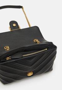 Pinko - LOGO CLASSIC PUFF JEWEL - Handbag - black - 3