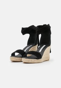 Fabienne Chapot - SELENE WEDGE - Sandály na platformě - black - 2