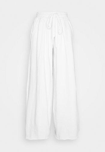 Pantalones - off white