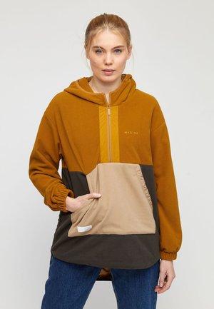 YUMA - Fleece jacket - curry/black olive/tan