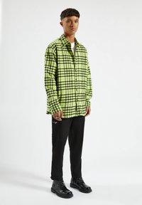 PULL&BEAR - Shirt - light green - 1
