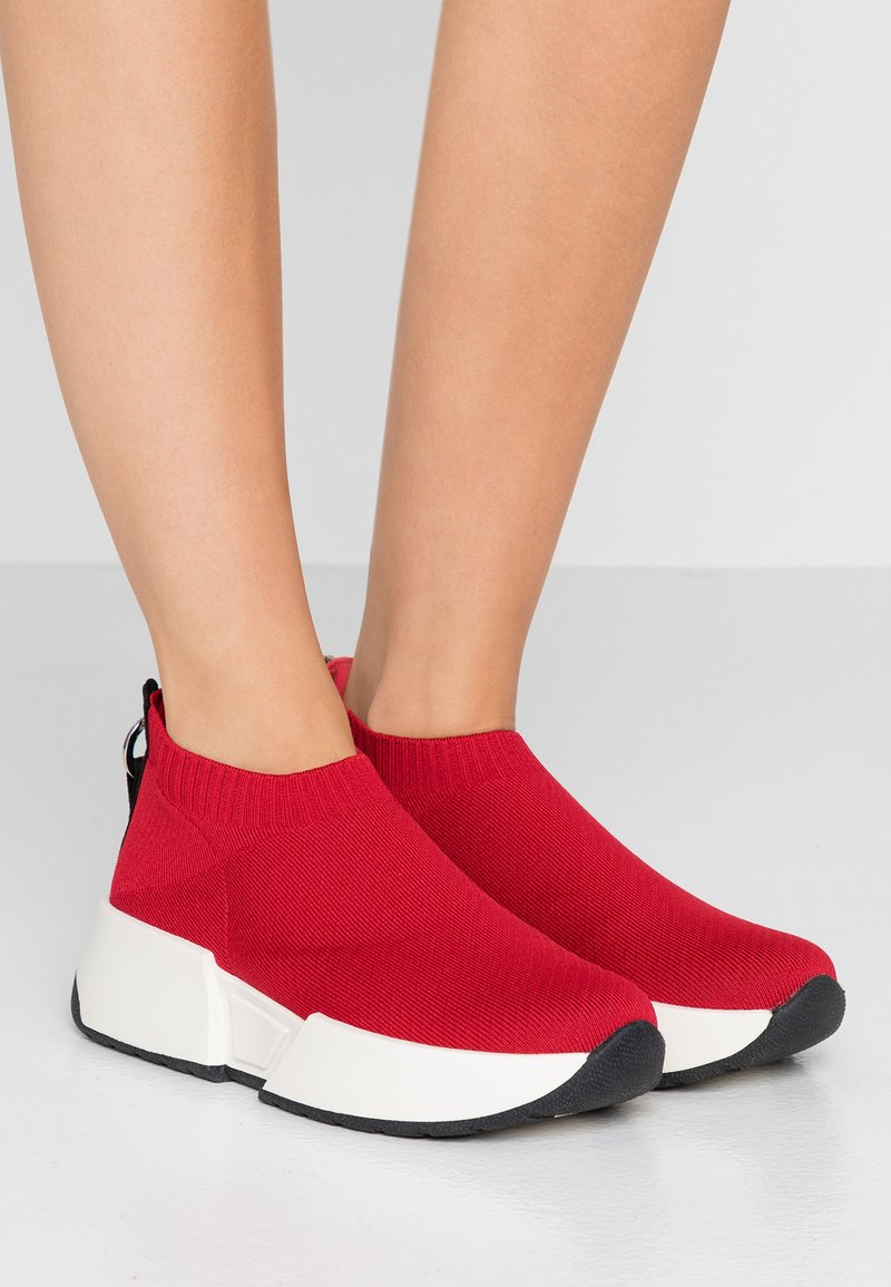 DKNY - MARCEL - High-top trainers - red