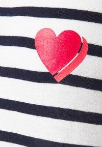 GAP - T-shirt print - heart navy - 2