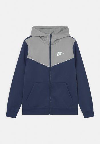 REPEAT HOODIE - Training jacket - midnight navy/light smoke grey/white