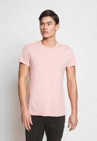 Samsøe Samsøe - KRONOS  - Basic T-shirt - misty rose - 0