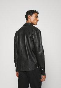 Bruuns Bazaar - BARLEY SHIRT - Košile - black - 2