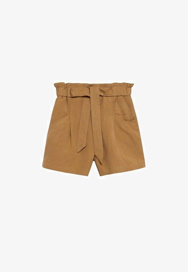 Short - zand