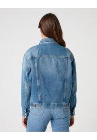 Wrangler - Denim jacket - summer lovin - 2