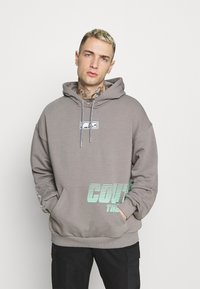 The Couture Club - GRAPHIC POCKET HOODIE WITH REMOVEABLE RUBBER BRANDIN - Sweatshirt - grey - 2