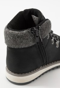 Friboo - Šněrovací kotníkové boty - black - 2