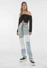 Bershka - Straight leg jeans - light blue - 1