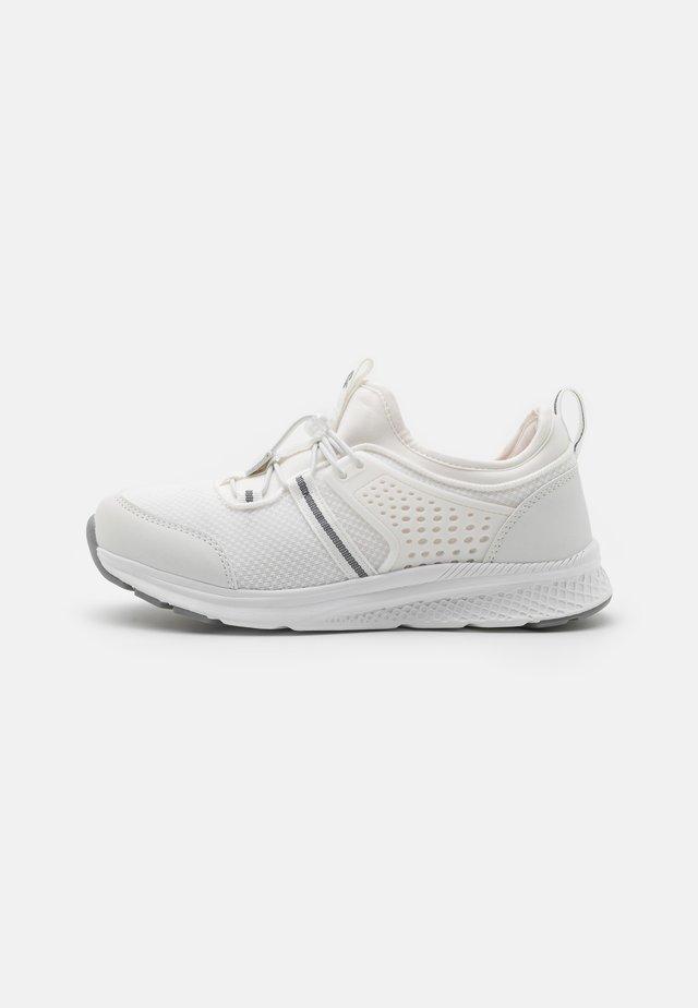LUONTUU UNISEX - Sneakers - white