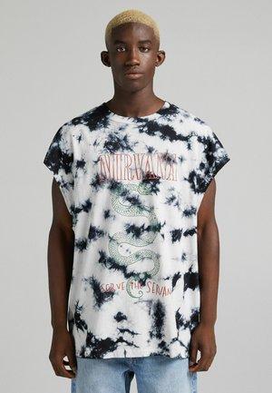 OVERSIZED NIRVANA - T-shirt con stampa - dark grey