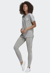 adidas Originals - ADICOLOR TREFOIL TIGHTS - Leggings - grey - 1