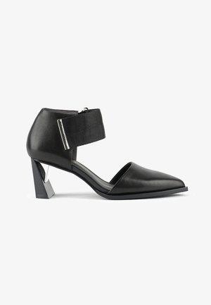 VITA DORSEY MID - Sandals - black