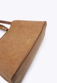 PARFOIS - TOTE BAG LUCY - Tote bag - camel - 3