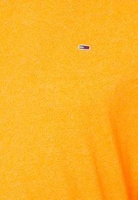 Tommy Jeans - JASPE NECK - Basic T-shirt - yellow - 2