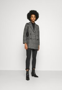 New Look - EMMA CHECK COAT - Short coat - grey - 1