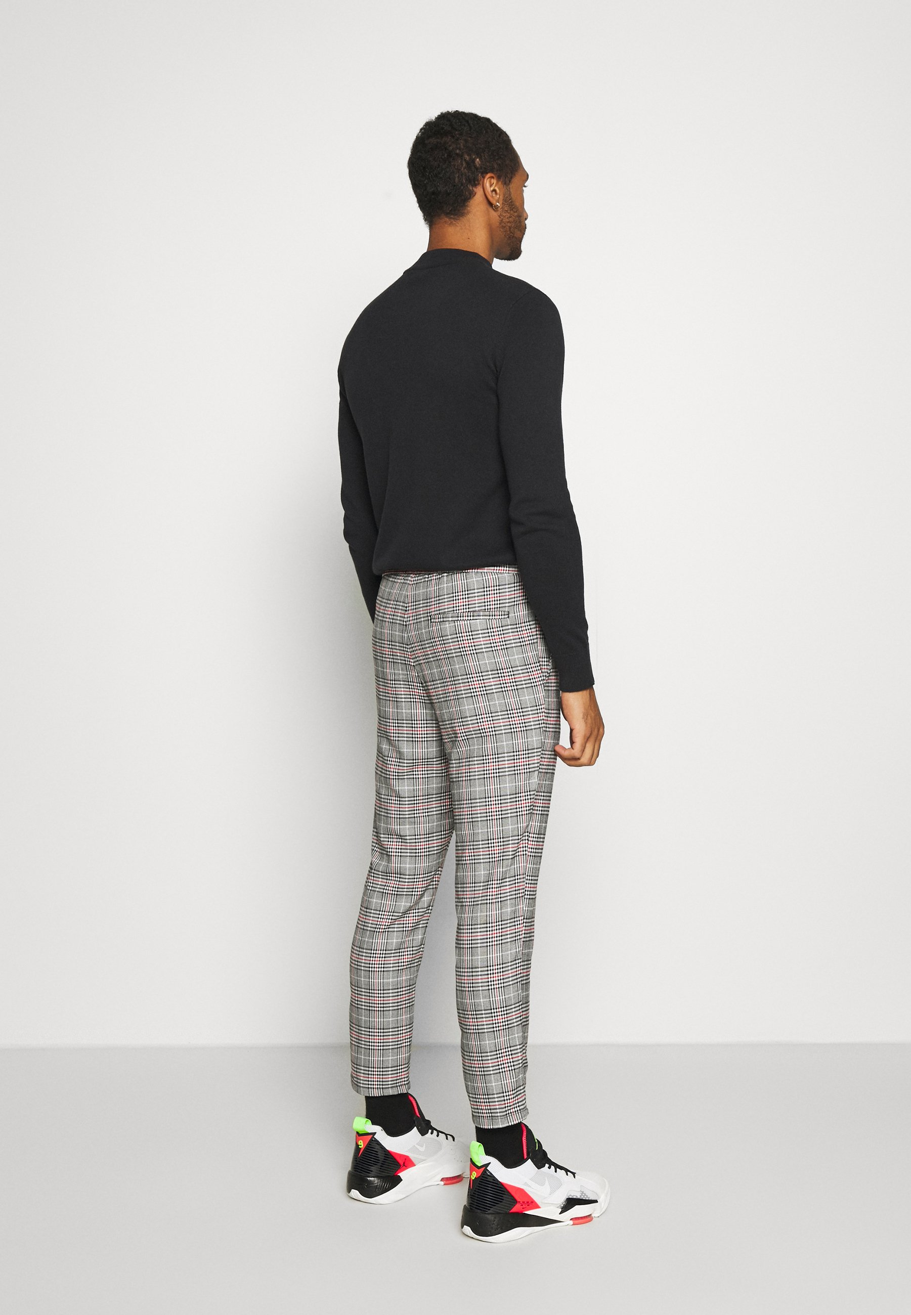 Only & Sons ONSLINUS CROPPED CHECK PANT - Trousers - black 9bVnD