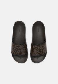Calvin Klein Swimwear - POOL SLIDE MONO - Mules - brown - 5