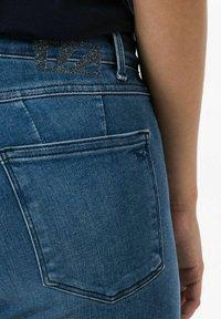 BRAX - STYLE ANA - Jeans Skinny Fit - light blue denim - 4