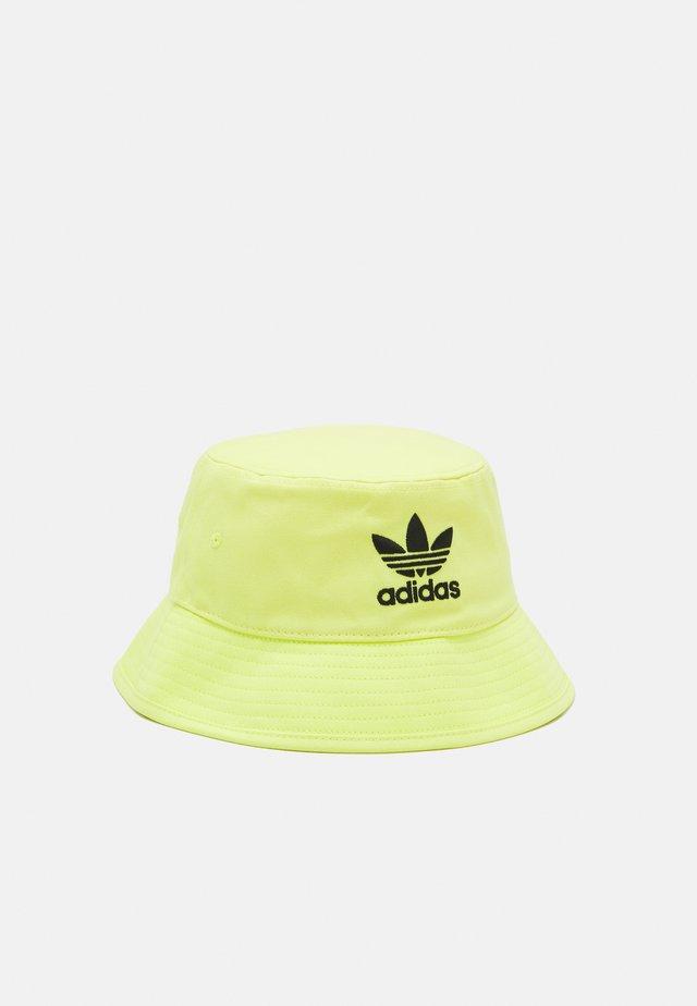 BUCKET HAT UNISEX - Kapelusz - pulse yellow