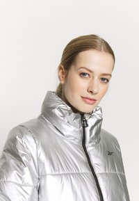 Reebok - PUFF - Winter jacket - silver - 3