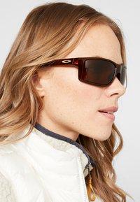 Oakley - GIBSTON - Sonnenbrille - bronze - 3