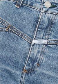CLOSED - PEDAL PUSHER - Jean slim - mid blue - 7
