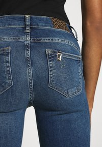Liu Jo Jeans - BEAT REG - Vaqueros bootcut - blue avatar wash - 4