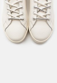 Pepe Jeans - BRIXTON AGAIN - Trainers - offwhite - 5