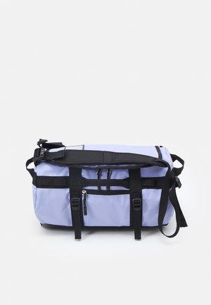 BASE CAMP DUFFEL XS UNISEX - Sports bag - sweet lavender/black
