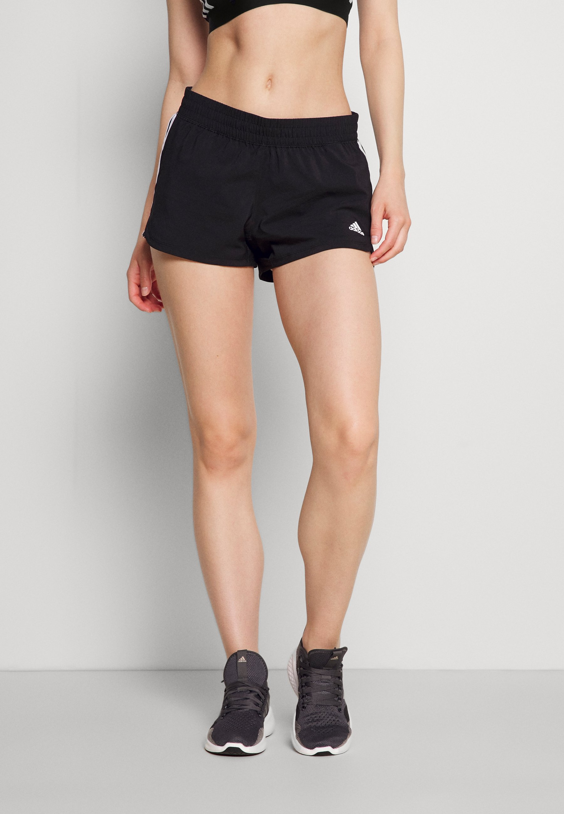 Women PACER - Sports shorts