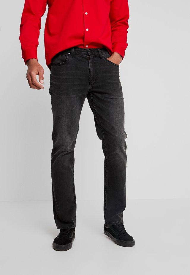 BROOKLYN - Straight leg jeans - moto grey