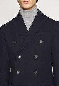 Isaac Dewhirst - PEAK COAT - Classic coat - dark blue - 5