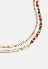 Pieces - PCMILLE COMBI NECKLACE - Necklace - gold-coloured/multi - 2