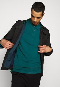 PS Paul Smith - MENS SLIM FIT - Poloshirts - dark green - 4