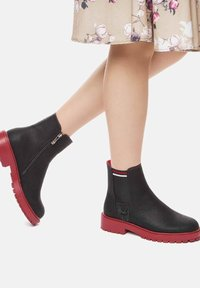 Betsy - Ankle boots - schwarz - 0