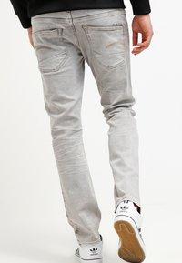 G-Star - 3301 STRAIGHT - Straight leg jeans - kamden grey stretch denim - 2