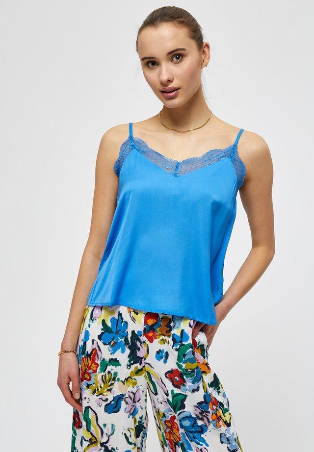 Linne - french blue