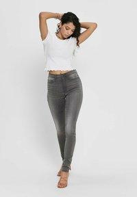 ONLY - Basic T-shirt - white - 1