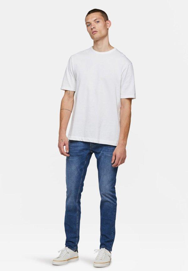 WE Fashion DEX SLOANE - Jeansy Slim Fit - blue/niebieski Odzież Męska DSSB