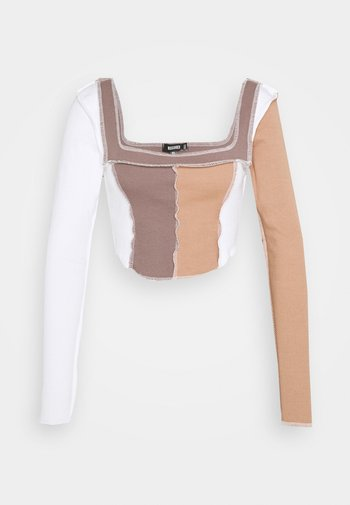 CONTRAST STITCH COLOUR BLOCK CROP - Long sleeved top - chocolate