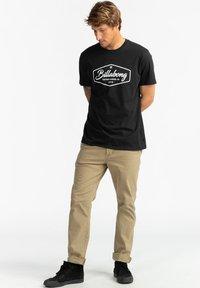 Billabong - TRADEMARK - Print T-shirt - black - 1