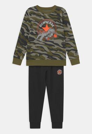 CAMO CREW SET  - Trainingsanzug - black