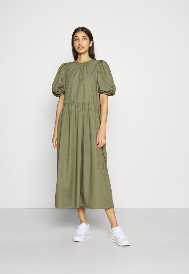 ENSAFFRON DRESS - Długa sukienka - deep lichen green