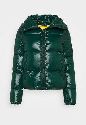 LUCKY - Winter jacket - alpine green