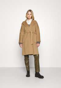 WEEKEND MaxMara - ROVO - Classic coat - camel - 0