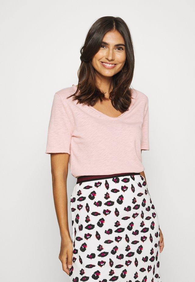 HEAVY SHIRT - T-shirt z nadrukiem - blush pink