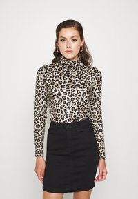 Pieces - PCNALA TURTLE NECK - Long sleeved top - natural - 0